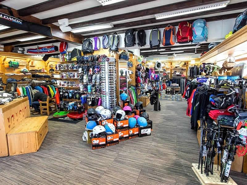 Ski hire shop BERTHET SPORTS, 384 Rue Pasteur in Les Rousses