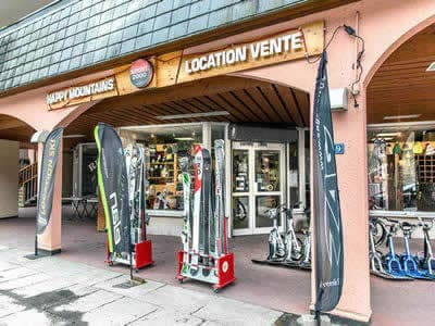 Ski hire shop HAPPY MOUNTAINS, Brides les Bains in 39, Rue Aristide Briand