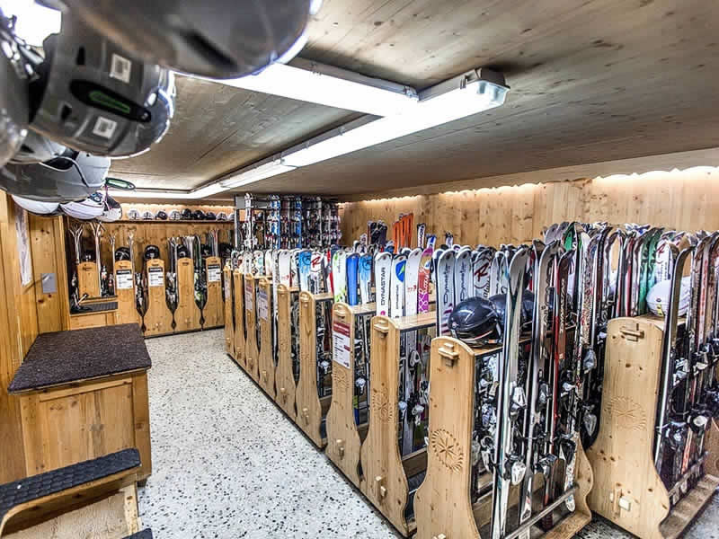 Ski hire shop MATHIAS SPORTS, 60 Taille de Mas du Pleney in Morzine