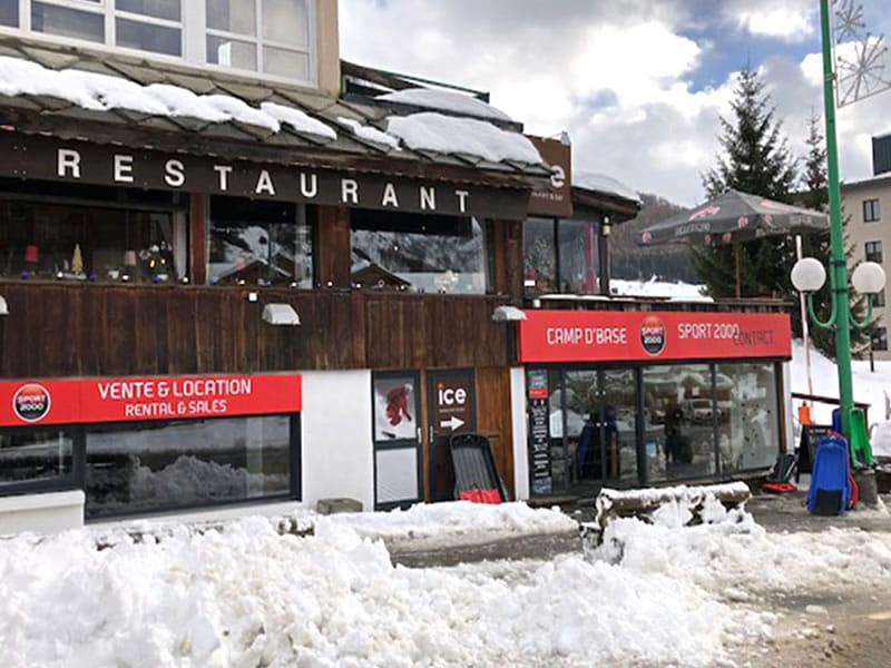Ski hire shop CAMP D'BASE in 7 Rue des Vikings, Les Deux Alpes