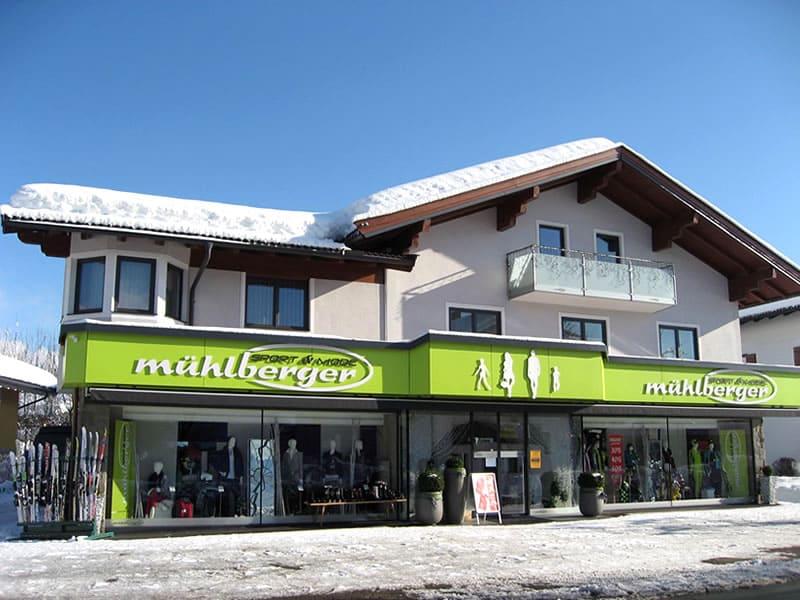 Ski hire shop Sport & Mode Mühlberger in Alleestrasse 31, Kössen