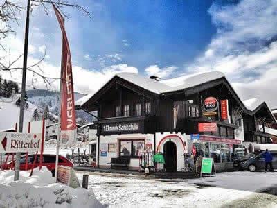 Ski hire shop SPORT 2000 Fuchs, Ellmau in Alte Strasse 3