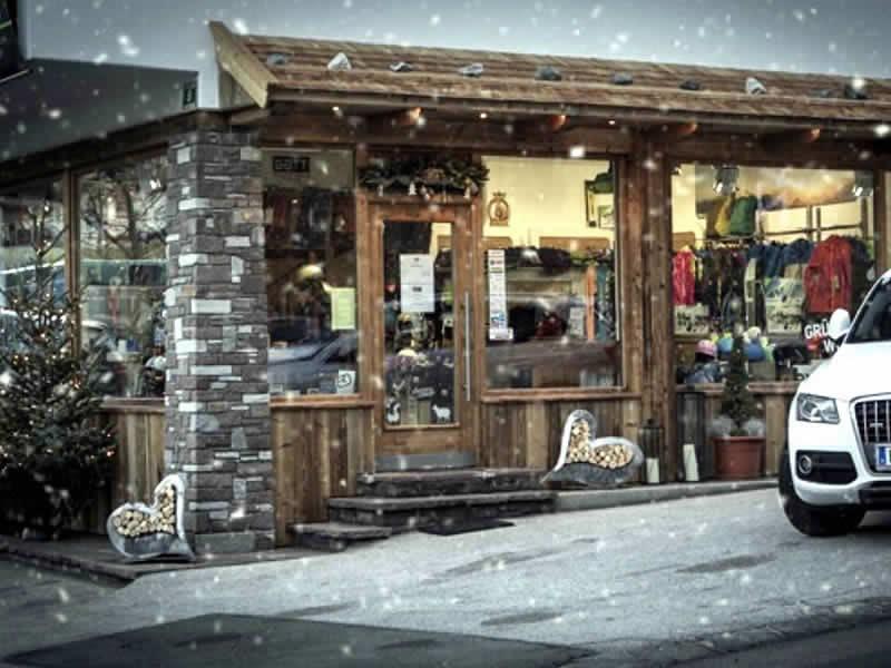Ski hire shop Sport Gatt, Am Trattenbach 8 in Scheffau