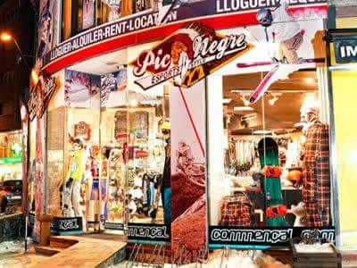 Ski hire shop Pic Negre XII, La Massana in Avinguda de Sant Antoni n°10 (Ed. Trini)
