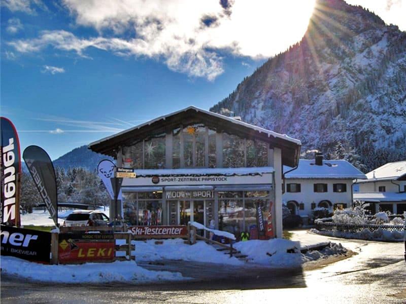 Ski hire shop Sport-Zentrale Papistock, Bahnhofstraße 6a in Oberammergau