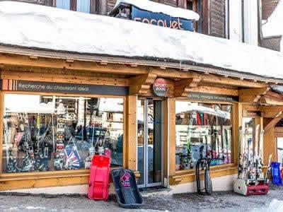 Ski hire shop ANOUK SOCQUET SPORTS, Megève in Carrefour de Rochebrune