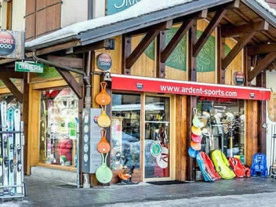 Ski hire shop ARDENT SPORTS, Montriond in Centre Station