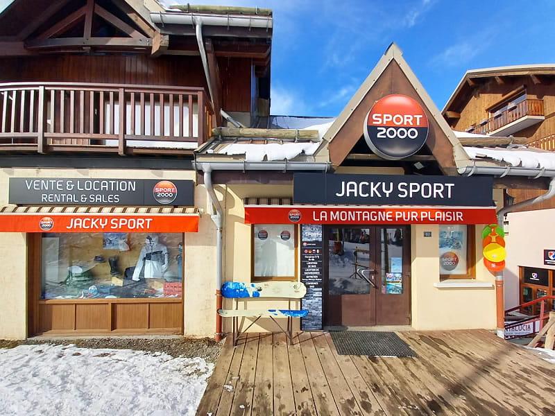 Ski hire shop JACKY SPORT, Valmeinier 1800 in Chalet Camille B