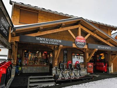 Ski hire shop ARTHUR SPORTS, Saint Sorlin d Arves in Champrond
