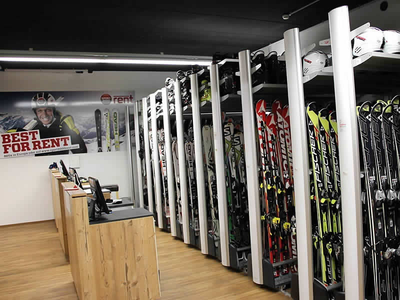 Ski hire shop SPORT 2000 Rankl, Coburgstraße 53 [Planai Talstation] in Schladming