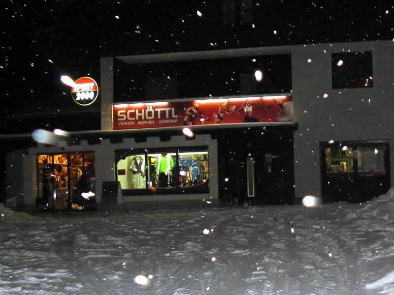 Ski hire shop SPORT 2000 Schöttl, Falkenburg 102 in Irdning Donnersbachtal