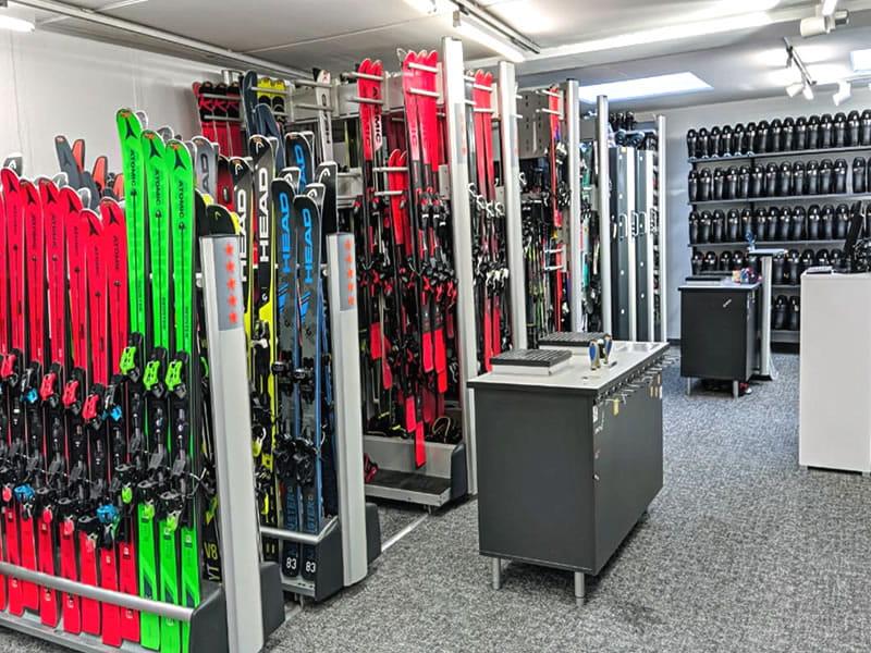 Ski hire shop SPORT 2000 Wegscheider, Hauptstrasse 471a in Mayrhofen