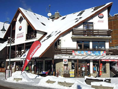Ski hire shop Sport Cermak, Harrachov in HNr. 622