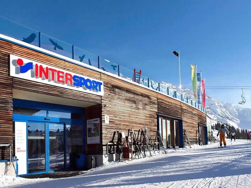 Ski hire shop INTERSPORT - Silvretta Montafon, Hochjoch/Zamangbahn Bergstation in Schruns