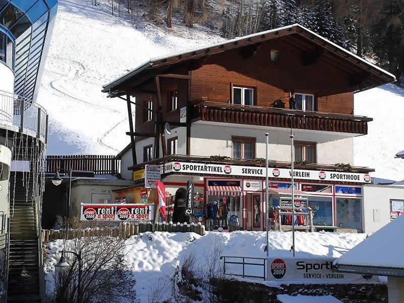 Ski hire shop SPORT 2000 Sportladen, Hof 34 in Heiligenblut