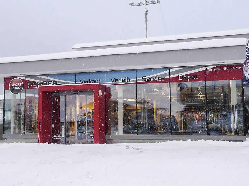 Ski hire shop SPORT 2000 Star Jet, Flachau in Hofgasse 186 [Talstation Star Jet]
