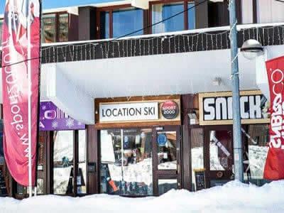 Ski hire shop SPORT 2000 - PLACE HAUTE, Les Arcs 2000 in Hotel aiguille rouge - Place haute