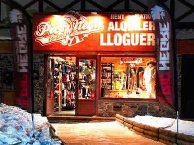 Ski hire shop Pic Negre XIII, Grau Roig in Hotel Grau Roig (Parking Pistes)
