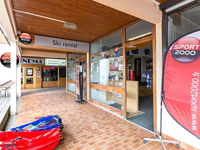 Ski hire shop SPORT 2000 ARIANE, Le Corbier in Immeuble Ariane