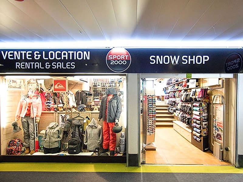 Ski hire shop SNOW SHOP, Immeuble le Tavels - Galerie marchande in Isola 2000