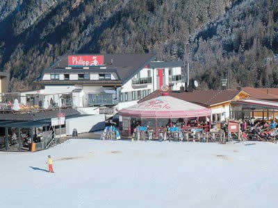 Ski hire shop Sporthütte Fiegl, Sölden in Innerwald