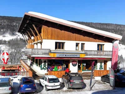 Ski hire shop SPORT 2000 GROSSIORD, Lelex in Le Brocard