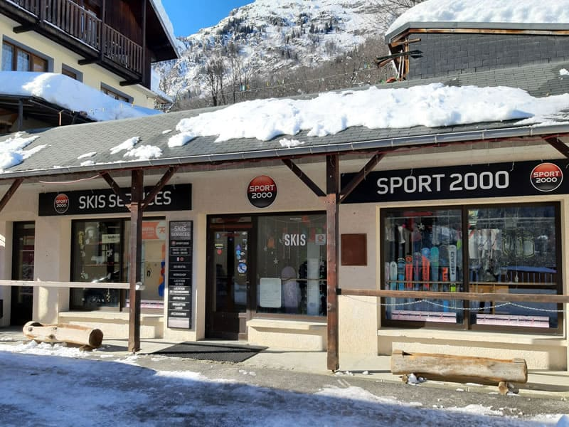 Ski hire shop SKIS SERVICES, Saint Colomban-Villards in Le chef Lieu