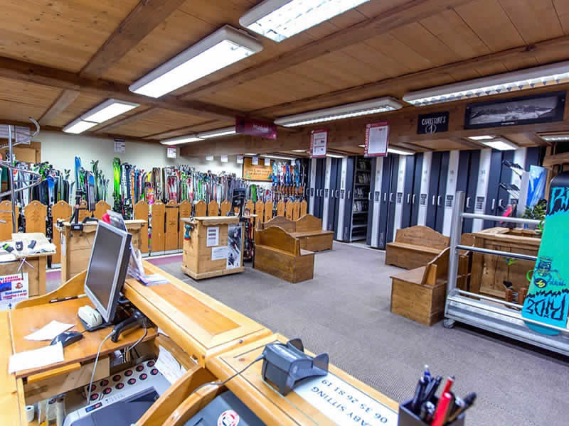 Ski hire shop GERMAIN SPORTS, Chatel in Le Linga