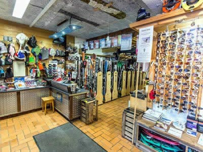 Ski hire shop LIONEL SPORTS, Sixt Fer à Cheval in Le Ruan - Chef Lieu