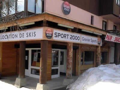 Ski hire shop GRAVIER SPORT, La Foux d'Allos in Lieu dit Labrau - Résidence le schuss