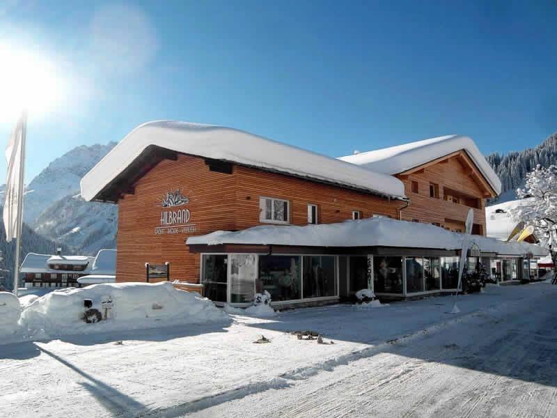 Ski hire shop Sport Hilbrand, Moosstrasse 7 [Talstation Walmendingerhornbahn] in Kleinwalsertal/Mittelberg