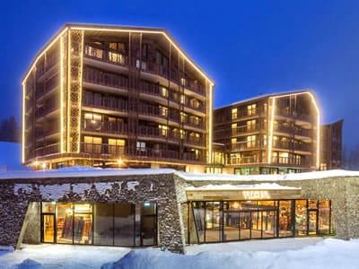 Ski hire shop Gisler Sport, Arosa in Oberseepromenade 2 - Valsana Hotel und Appartement