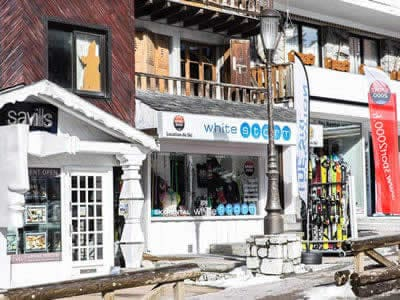 Ski hire shop WHITE STORM, Courchevel 1850 in Place du Rocher