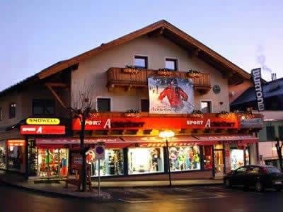 Ski hire shop Achleitner Sport, Zell am See in Postplatz 2