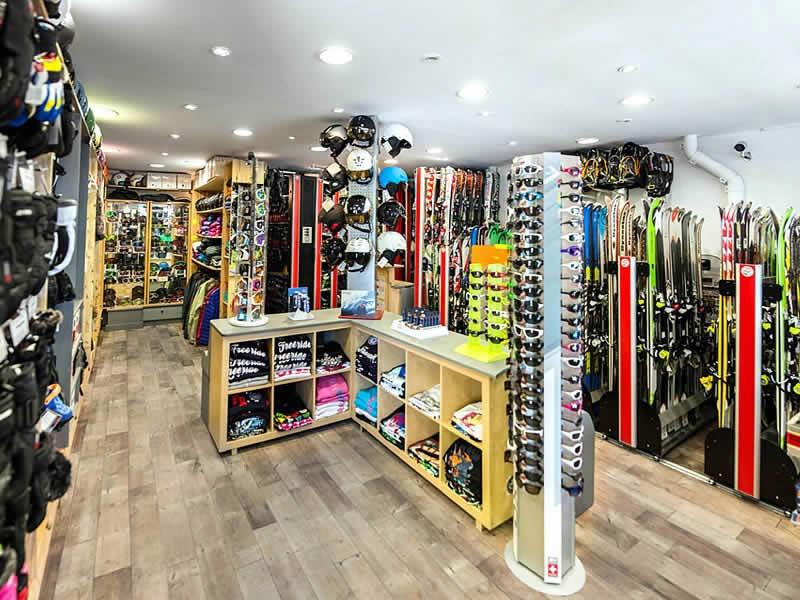 Ski hire shop LA GODILLE, Promenade de Tovière - Le Rosset in Tignes Le Lac