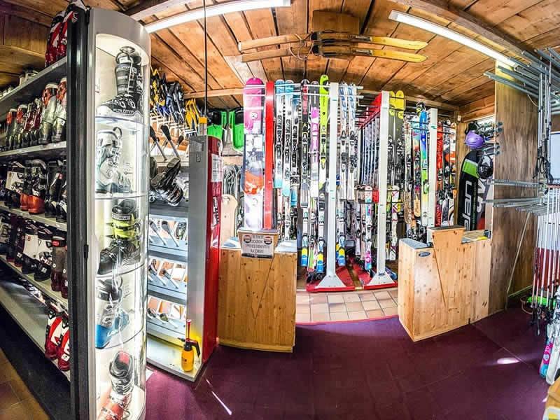Ski hire shop PLAGNE SKI BELLECOTE, Résidence 3000 in La Plagne - Bellecote