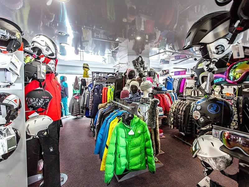 Ski hire shop France SKI, Résidence Auria - Quartier du Pla d'Adet in Saint Lary