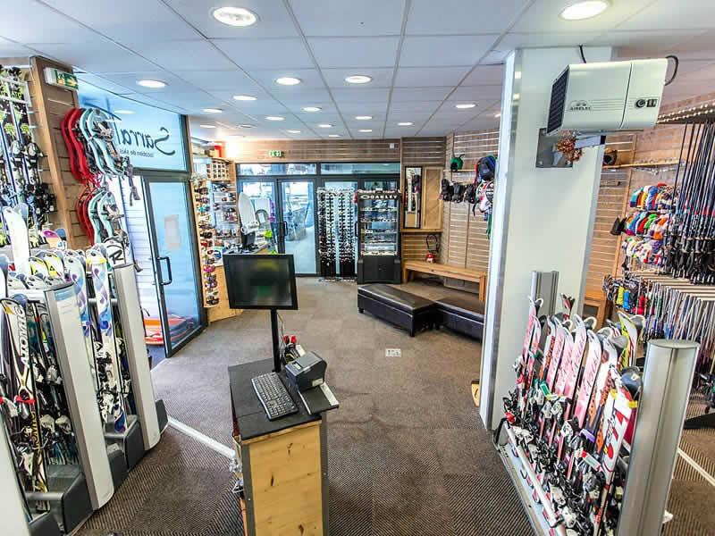 Ski hire shop SARRAT SPORT BALESTAS, Résidence le Louron - Quartier Balestas in Peyragudes