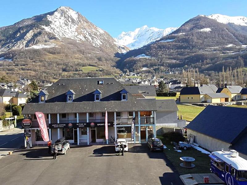 Ski hire shop ALTITUDE SKI SERVICE, Résidence Monblanc - 39 Avenue du Barège - Esquièze-Sère in Luz-Saint-Sauveur