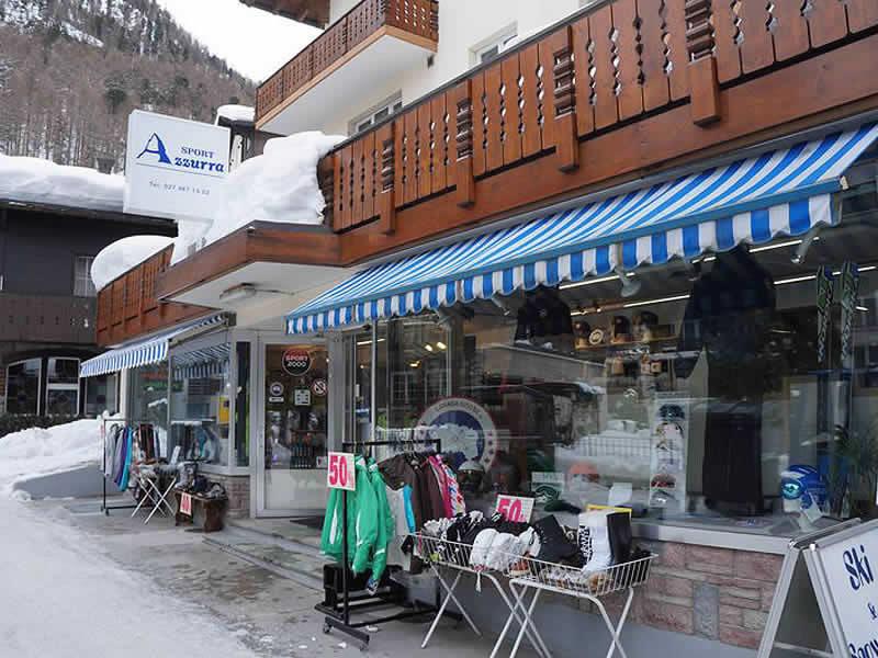 Ski hire shop SPORT 2000 Azzurra Sport, Riedstrasse 10 in Zermatt