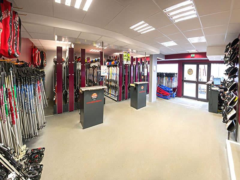 Ski hire shop SKI SHOP FALGOUX, Rond Point Des Pistes in Super Besse