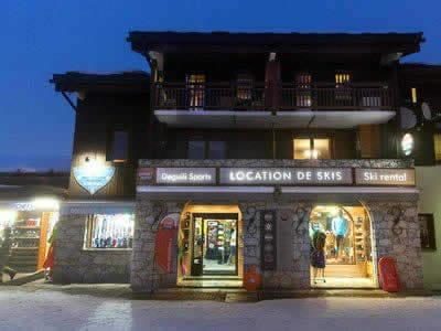 Ski hire shop DEGUILI SPORTS, Valmorel in Rue du Bourg, Bourg Morel n°1