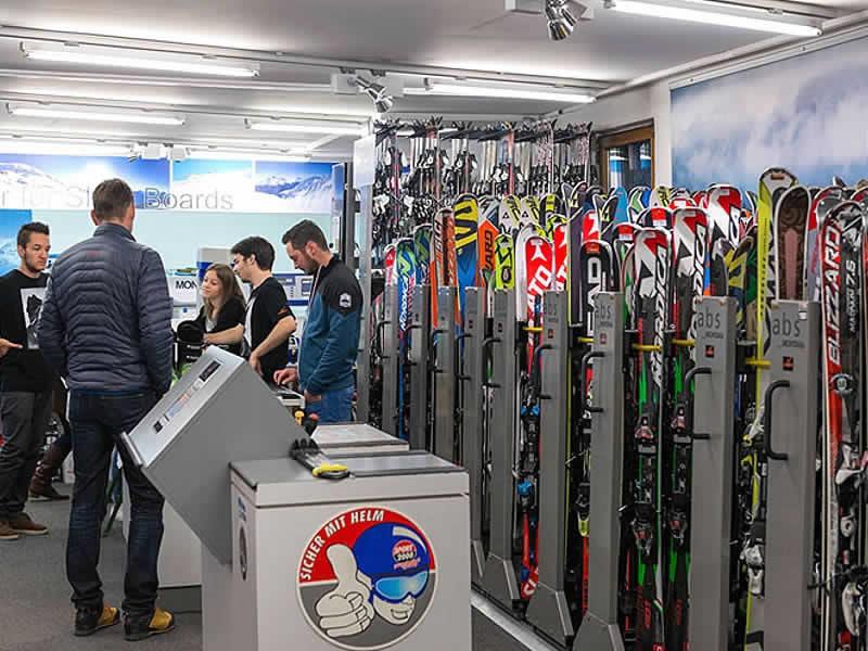 Ski hire shop Sporthaus Narr, Silvrettastrasse 178 in See im Paznaun