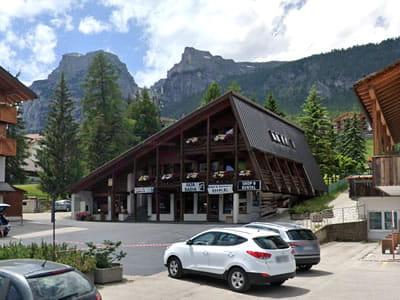 Ski hire shop Alta Badia Shop & Rental, Alta Badia-La Villa/Stern in Streda Colz 60