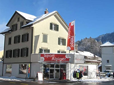 Ski hire shop Sport Karl Alpiger, Alt St. Johann in Talstation Bergbahn