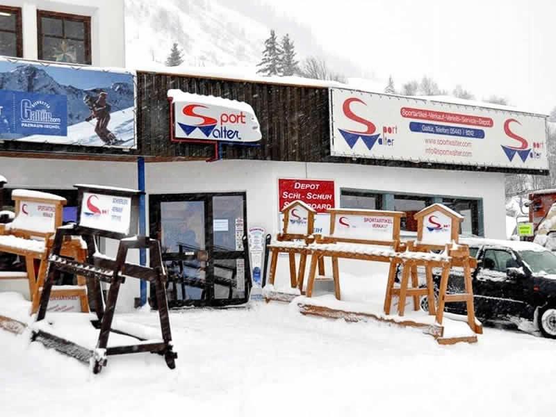 Ski hire shop Sport Walter, Talstation Birkhahnbahn (Liftparkplatz) in Galtür