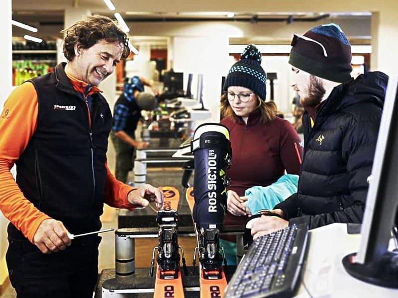 Ski hire shop Sport Edinger, Talstation Gondelbahn Hochsöll in Söll