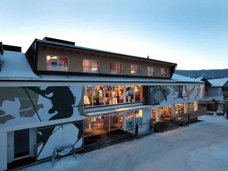 Ski hire shop Sport Lentsch - Sport vor Ort, Talstation Hochzeigerbahn in Jerzens