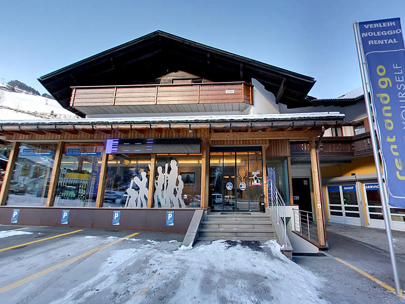 Ski hire shop Rent and go, Talstation Kabinen-Umlaufbahn Gassl - Gassl 21 in Olang