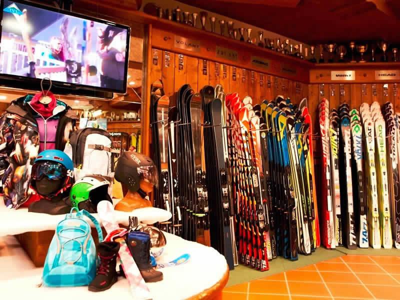 Ski hire shop Sport Patscheider, Untere Dorfstrasse 27 in Serfaus